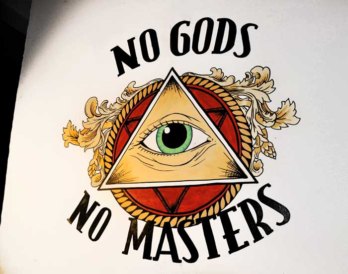 no gods no managers painting on the wall